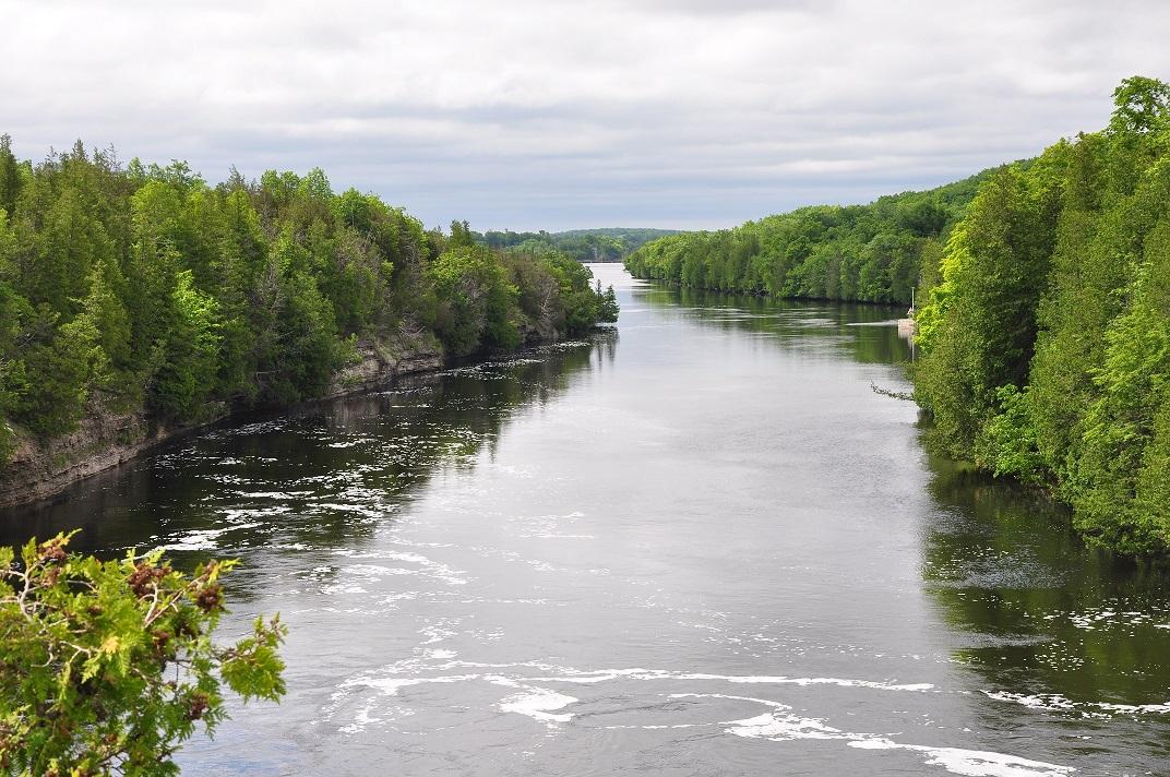 trent river began seeping - 1072×712